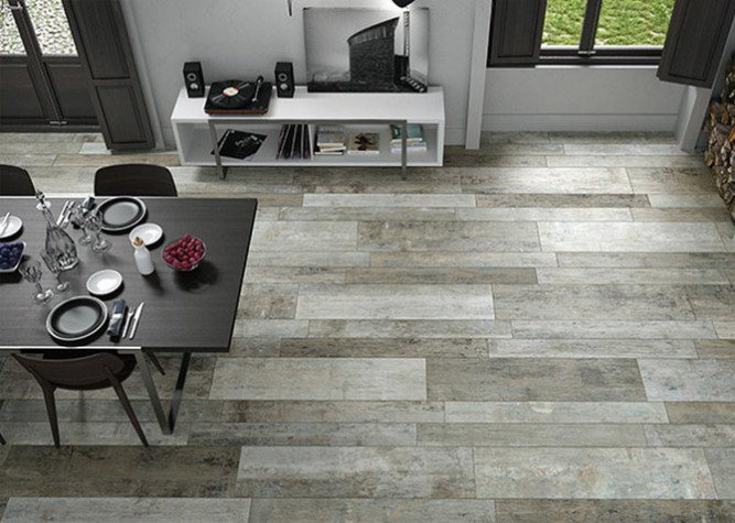Wood effect ceramic tiles