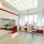 кухня 14 кв метров с эркером красно-белого цвета