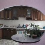 кухня - гостиная соединяющая аркой