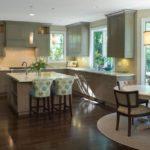 дизайн кухни серого и зеленого цвета