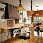 отделка кухни натуральным камнем 10